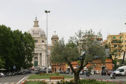 piazza Ponte Milvio