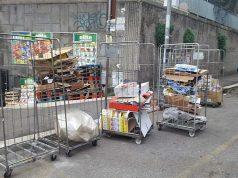 Raccolta differenziata di imballaggi in cartone in Via della Farnesina