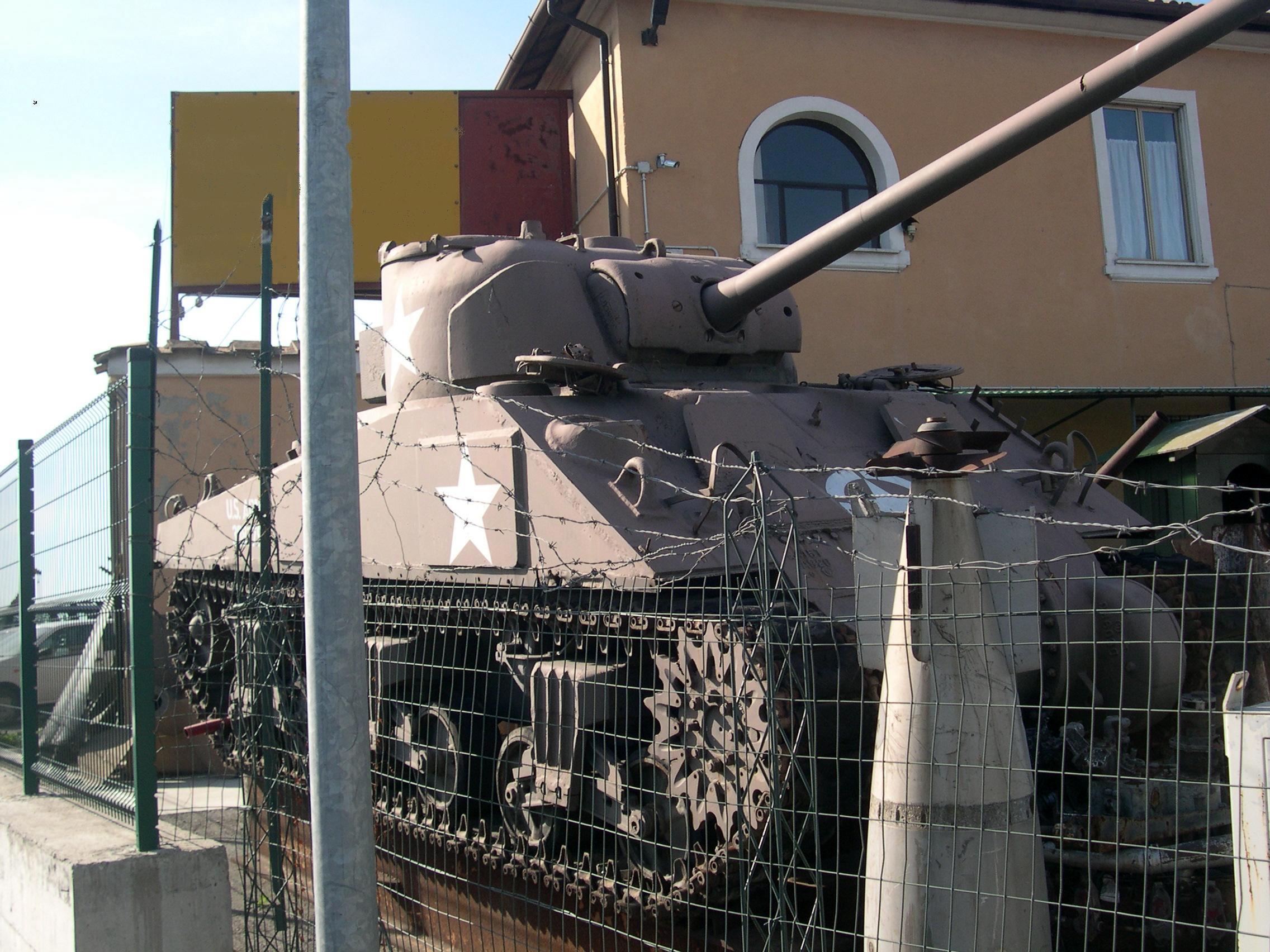 11 scherman m4a4 firefly raccordo Roma