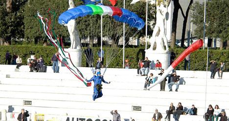 paracadutista-militare.jpg
