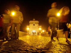ponte-milvio-notte.jpg