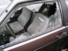 ladri auto