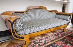 Mobili Antiquariato | Antico divano Biedermeier
