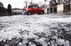 ghiacchio-nelle-strade