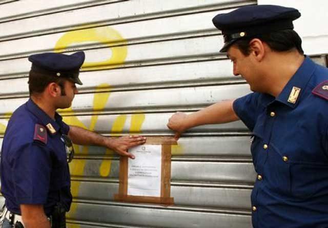 polizia-sequestro-negozio