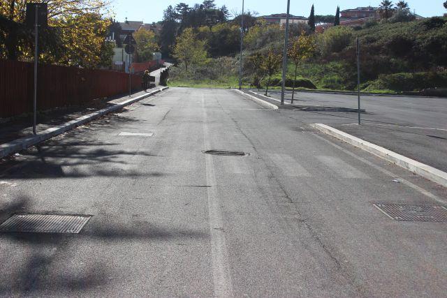 Cassia, via Morbelli: parcheggio scuole