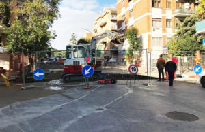 "Voragine Vigna Stelluti, Acea: ""Riapertura strada l'8 dicembre"""