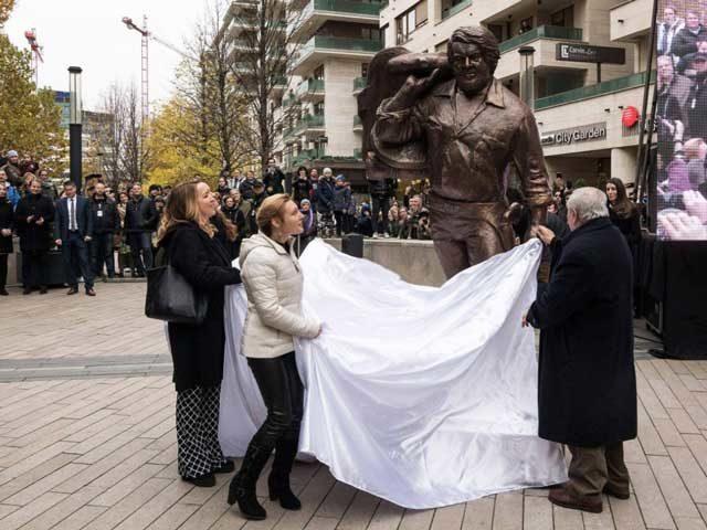 statua Bud Spencer a Budapest