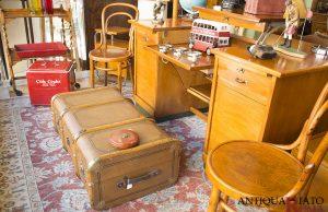 Mobili ed oggetti vintage a Vigna Clara