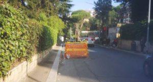 recinzione-piazza-giochi-delfici