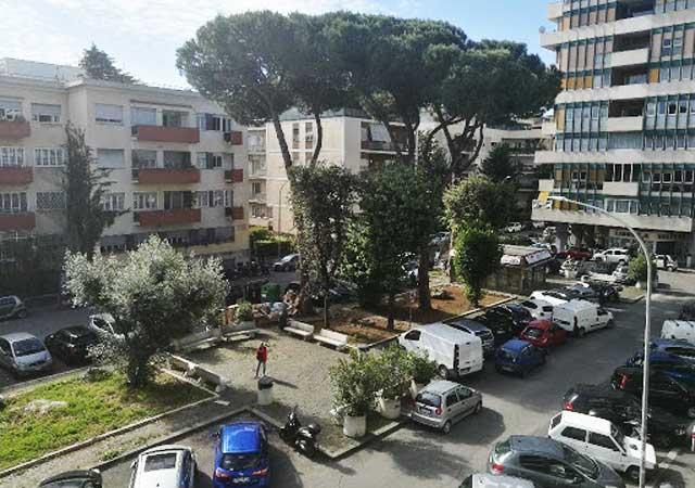 piazza-stefano-jacini