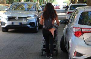 donna-con-passeggino